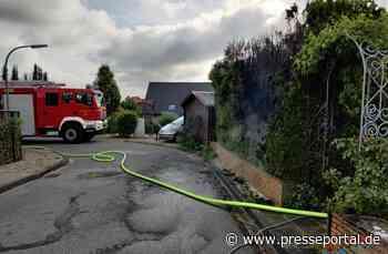 FW Altenberge: 24.05.2020 Brand_Klein/Hecke brennt in voller Ausdehnung - Presseportal.de