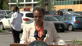 Chicago Police Officer Who Flipped Off Protesters Should Be Fired, Lightfoot Says