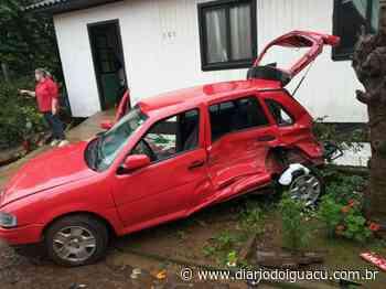 DI Online - Bitrem desgovernado bate em carro em Palmitos - Portal DI Online