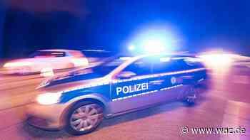 Unfallflucht: BMW kracht in Gelsenkirchen in Bushaltestelle - Westdeutsche Allgemeine Zeitung