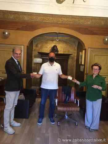 I Distretti notarili riuniti di Caltanissetta e Gela donano buoni spesa alla Caritas diocesana di Caltanissetta - CaltanissettaLive