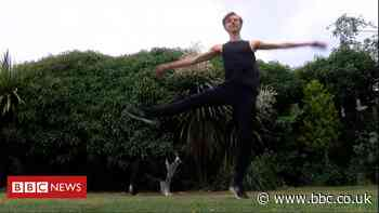 Teen stuck at home instead of Royal Ballet - BBC News