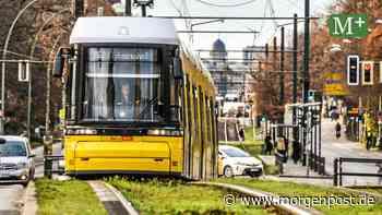 Pankower demonstrieren erneut gegen Tram für Blankenburg - Berliner Morgenpost