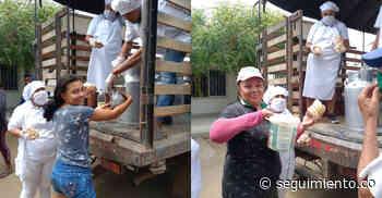 Donando leche y pan, favorecidos de restitución en Chibolo celebran el Día del Campesino - Seguimiento.co