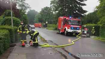 Starkregenfälle: Feuerwehr im Einsatz: Gewittertief Juliane flutet mehrere Grundstücke in Uetersen | shz.de - shz.de