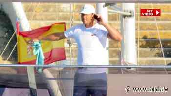 Hier schrubbt Rafael Nadal sein neues Spielzeug – eine Mega-Jacht! - BILD