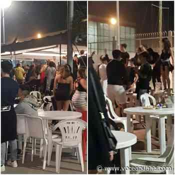 Musica e gente sui tavoli: al porto di Marina di Carrara è festa post-Covid - La Voce Apuana