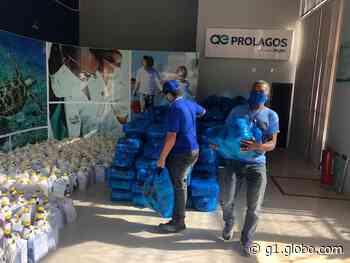 Colônia de Pescadores de Arraial do Cabo recebe cestas de alimentos - G1