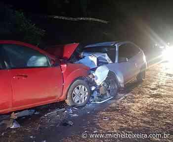 Colisão frontal deixa três feridos no interior de Faxinal dos Guedes - Michel Teixeira