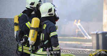 Brand in Saarwellingen: Zwei Personen mit Rauchgasvergiftung im Krankenhaus - Saarbrücker Zeitung