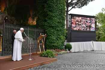 El papa rezó el rosario para pedir el fin de la pandemia conectado con 50 santuarios - Yahoo Eurosport ES