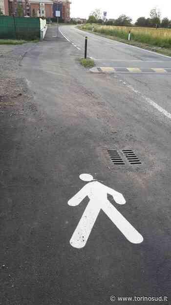 RIVALTA - Auto sulla pista ciclabile per aggirare il dosso: a Gerbole monta la protesta - TorinoSud