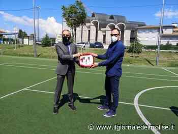Isernia. Il Comune consegna un defibrillatore al centro sportivo di San Lazzaro - Il Giornale del Molise