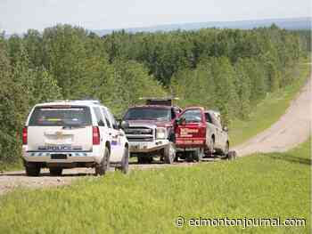 RCMP ask for public's help finding suspect after search near Whitecourt - Edmonton Journal
