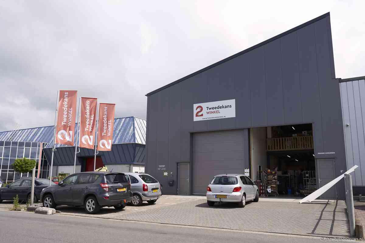 Volledige opening Tweedekanswinkel Moerkapelle - Gouwe IJssel Nieuws