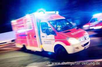 Autounfall in Neuenhaus - Betrunkener 18-Jähriger überschlägt sich mit seinem Golf - Stuttgarter Zeitung