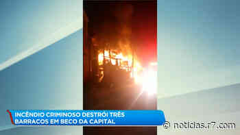 Incêndio criminoso destrói barracos na Pedreira Prado Lopes em BH - R7