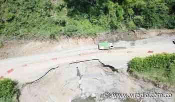 Invías habilitó paso a un carril en zona afectada de la vía Apía-La Virginia - W Radio