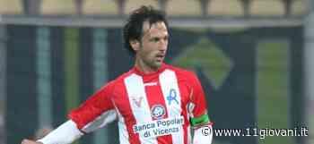 Orbassano - Paolo Galbiata ds delle giovanili, l'ex capitano del Vicenza Daniele Martinelli in Under 16 - 11giovani.it