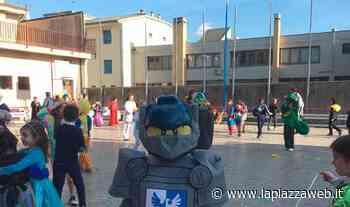 Classi vuote, aule virtuali affollate all'Istituto Canossiano - La Piazza