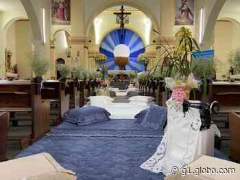 Corpus Christi de Ibitinga tem comunhão em sistema drive-thru e igreja enfeitada com bordados - G1