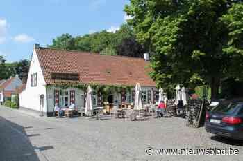 Latemse terrassen mogen tijdelijk uitbreiden (Sint-Martens-Latem) - Het Nieuwsblad