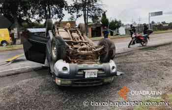 Volcadura en la Apizaco - Tlaxco deja daños materiales - Quadratín Tlaxcala