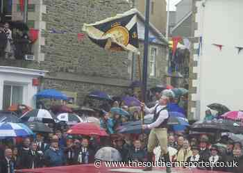 NOSTALGIA: Souters hail smilin' morn despite rain at 2012 Selkirk Common Riding - The Southern Reporter