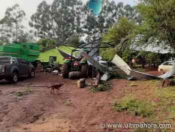 Temporal destruye casas y depósitos en Itapúa Poty - ÚltimaHora.com