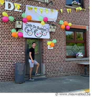 Café-uitbater verandert naam van zijn café in 'De Bubbel' - Het Nieuwsblad