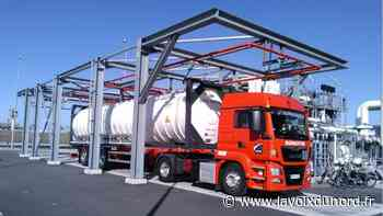 Loon-Plage: désormais, les camions-citernes peuvent venir faire le plein de gaz naturel au terminal méthanier - La Voix du Nord