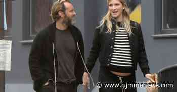 Jude Law and Phillipa Coan, love walk (expecting the sixth child) - NJ MMA News