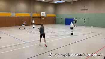 Kontaklos trainieren? Handballer der HG Elm machen es vor - Peiner Nachrichten
