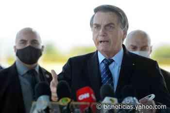Bolsonaro criticou operação contra fake news usando gravata com estampa de fuzis - Yahoo Noticias Brasil