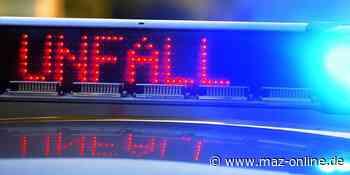Polizei Potsdam-Mittelmark: Moped rammt Bordsteinkante in Beelitz - Märkische Allgemeine Zeitung