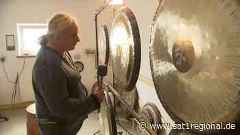 Seltenes Handwerk: Zu Besuch bei einem Gongbauer in Hohn - Sat.1 Regional