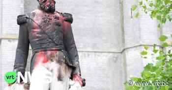 Vernield standbeeld van Leopold II in Ekeren weggehaald voor restauratie - VRT NWS