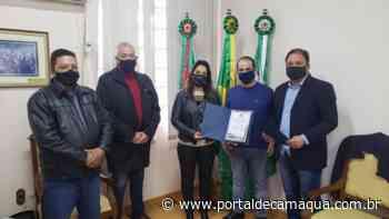 Policiais Civis da Delegacia de Santana do Livramento recebem Voto de Congratulação da Câmara Municipal - Portal de Camaquã