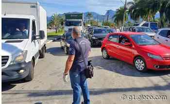 Fiscais retiram cerca de 165 veículos que circulavam irregularmente em Paraty - G1
