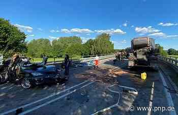 Zwei Tote bei Zusammenstoß: Fahrer und Beifahrer überleben - Passauer Neue Presse