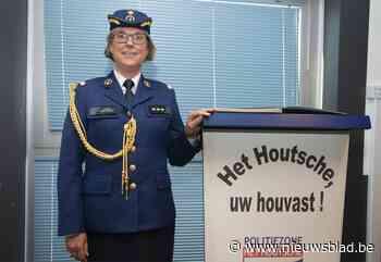 """Veerle (51) verlaat Gentse flikken en is eerste vrouwelijke korpschef in West-Vlaanderen: """"Dat dialect krijg ik wel onder de knie"""""""