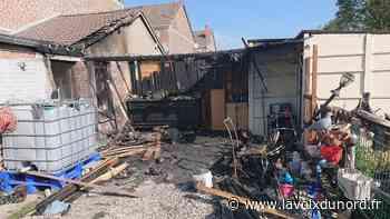 Harnes : un feu de dépendance se propage à l'habitation - La Voix du Nord