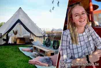 """Studente Klare (19) brengt het vakantiegevoel naar je thuis met luxetent: """"Je moet hem niet eens zelf opzetten"""" - Het Nieuwsblad"""