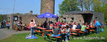 Rhönklub ZV Eichenzell öffnet seinen Biergarten am Wartturm - Fuldainfo