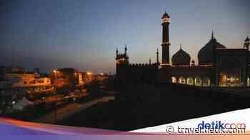 Kasus Corona Melonjak, Masjid Terbesar New Delhi Ditutup Lagi - detikTravel