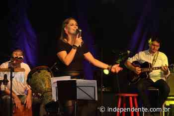 Antonina Quarteto embalou noite dos namorados no Projeto Live Bandas Locais - independente