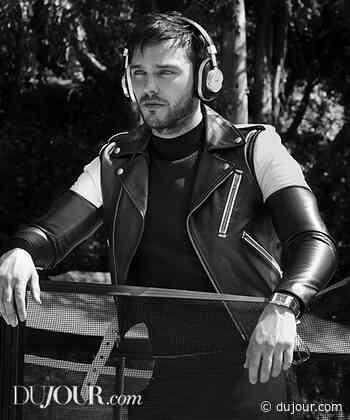Photos of Actor Nicholas Hoult - dujour.com