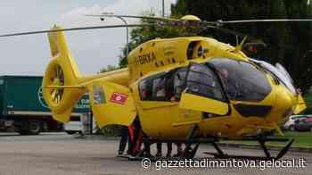 Castel Goffredo, cade da quasi tre metri, portata in elicottero a Cremona - La Gazzetta di Mantova