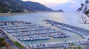 Imbrattò il muro del porto di Finale Ligure, le telecamere inchiodano 21enne di Carcare - IVG.it