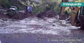 Deslizamiento de tierra afecta la movilidad entre San Gil y Charalá - Vanguardia